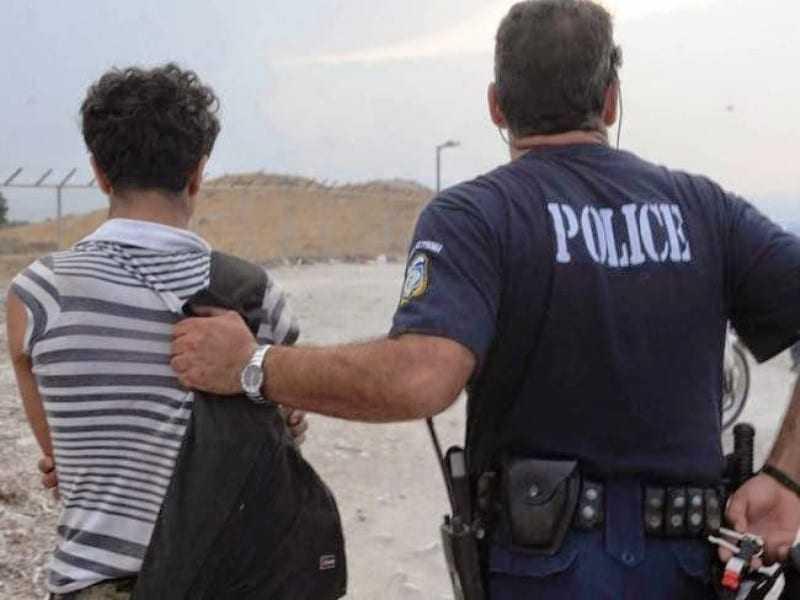 Σύλληψη 2 αλλοδαπών για πλαστογραφία και παράνομη είσοδο στη χώρα