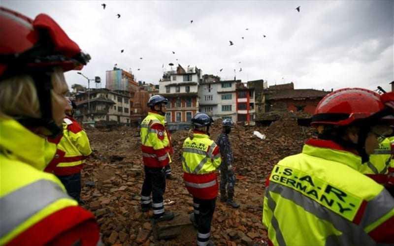 Παρέμβαση της αστυνομίας για να συγκρατηθεί η οργή των σεισμοπλήκτων στο Νεπάλ