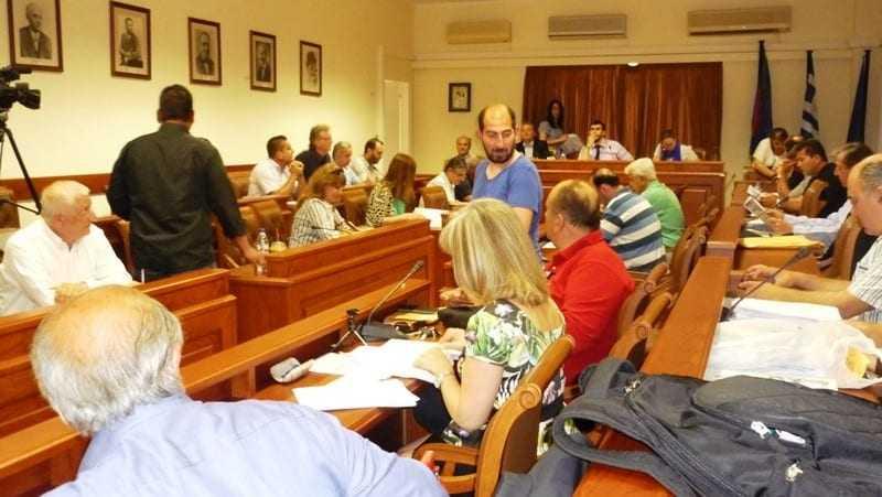 Κάτι δεν πάει καλά στις συνεδριάσεις του Δημοτικού Συμβουλίου