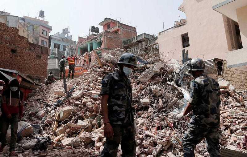 Τραγικός απολογισμός: Περισσότεροι από 7.000 οι νεκροί από τον σεισμό στο Νεπάλ