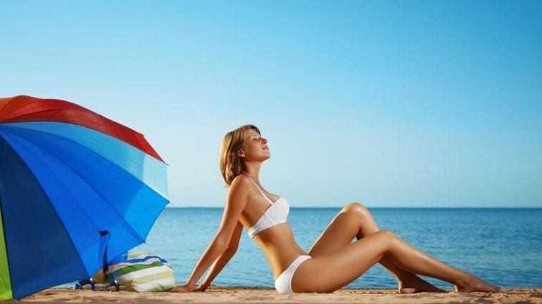Δεκάδες κίνδυνοι απειλούν τις γυναίκες το καλοκαίρι