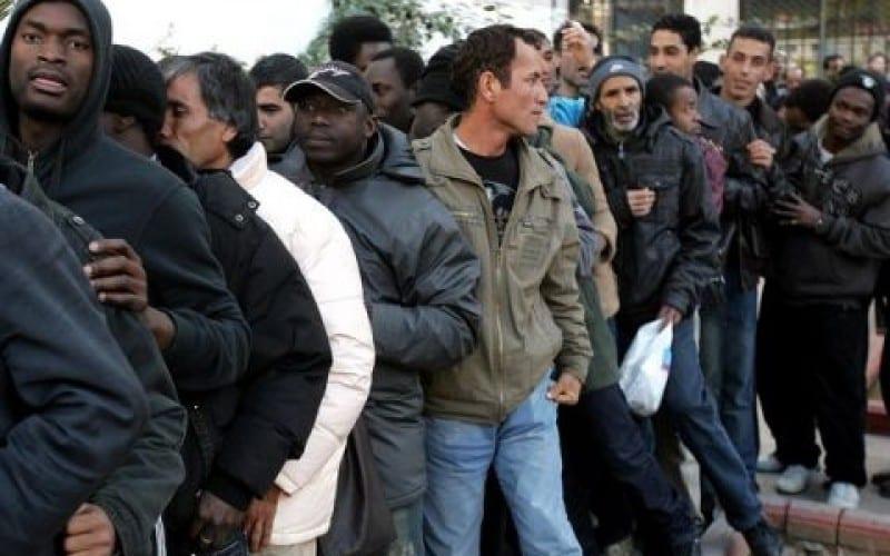 Στη σειρά οι λαθρομετανάστες όχι για ένα πιάτο φαΐ … αλλά για να «Πηδήξουν»!