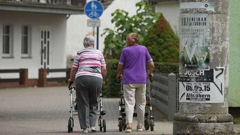 Έρευνα: Οι άνθρωποι ζουν περισσότερο αλλά πιο πολλά χρόνια άρρωστοι