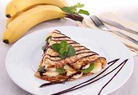 Κρέπες με σοκολάτα μπανάνα και μπισκότο