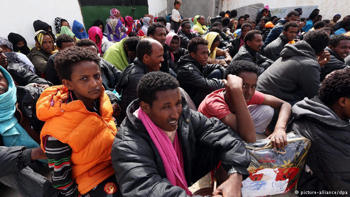 Περίπου μισό εκατ. πρόσφυγες έφτασαν φέτος στην Ευρώπη διασχίζοντας τη Μεσόγειο