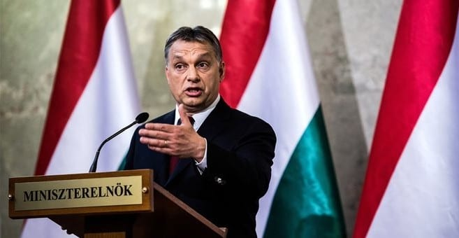 Β. Ορμπάν: Η Ευρώπη έχει «βουλιάξει»από τους μετανάστες