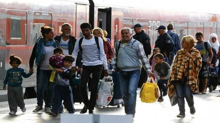 Περισσότεροι από 10.000 πρόσφυγες αναμένονται στη Γερμανία εντός της ημέρας