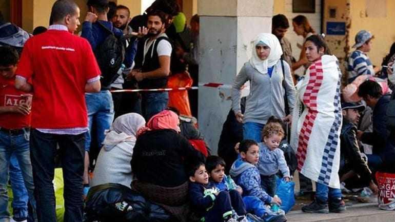 Χάος στα σύνορα Γερμανίας-Αυστρίας λόγω προσφύγων