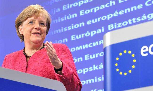 Μέρκελ: Η Ελλάδα δεν μπορεί να φυλάξει μόνη τα εξωτερικά σύνορα της ΕΕ