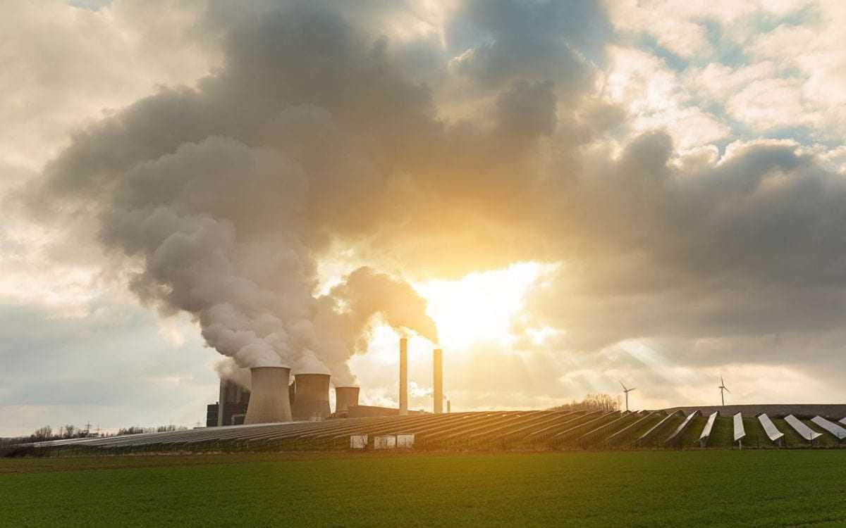 ΕΕ: Μείωση κατά 40% έως το 2030 των εκπομπών αερίων που προκαλούν το φαινόμενο του θερμοκηπίου