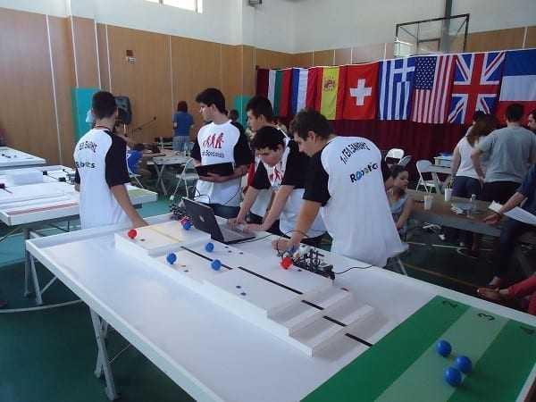 Η Ιερά Μητρόπολη συγχαίρει την Ομάδα Ρομποτικής του 1ου ΓΕΛ Ξάνθης