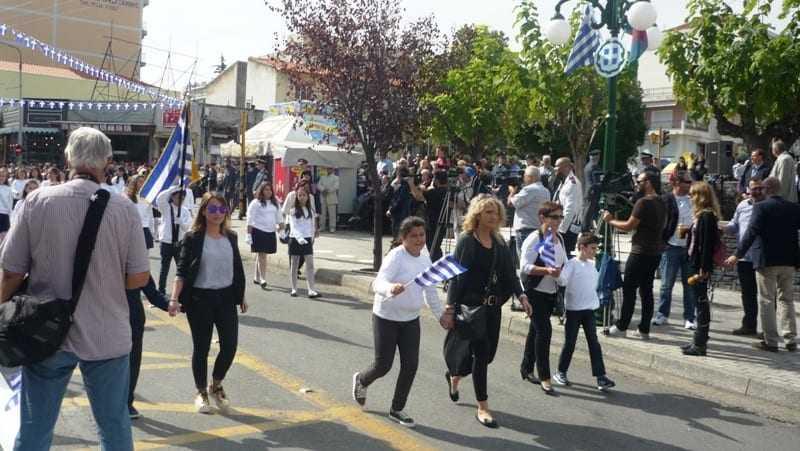 ΦΩΤΟΡΕΠΟΡΤΑΖ: Παρέλαση μαθητών 4ης Οκτωβρίου 2015 Ξάνθη
