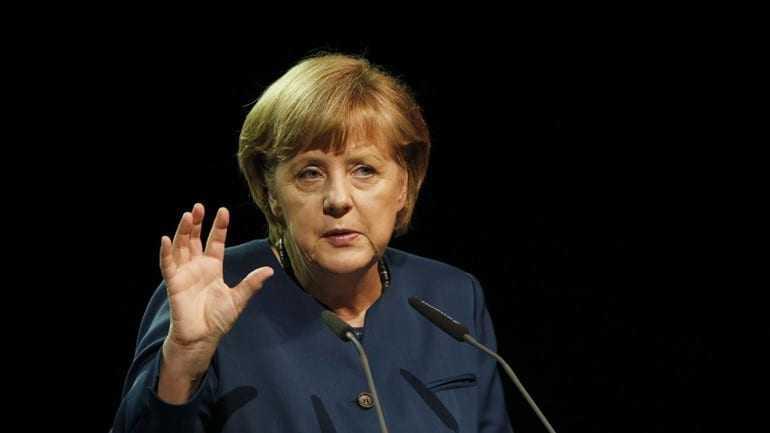 «Θα επιμείνουμε για την εφαρμογή των hot spots σε Ελλάδα – Ιταλία»