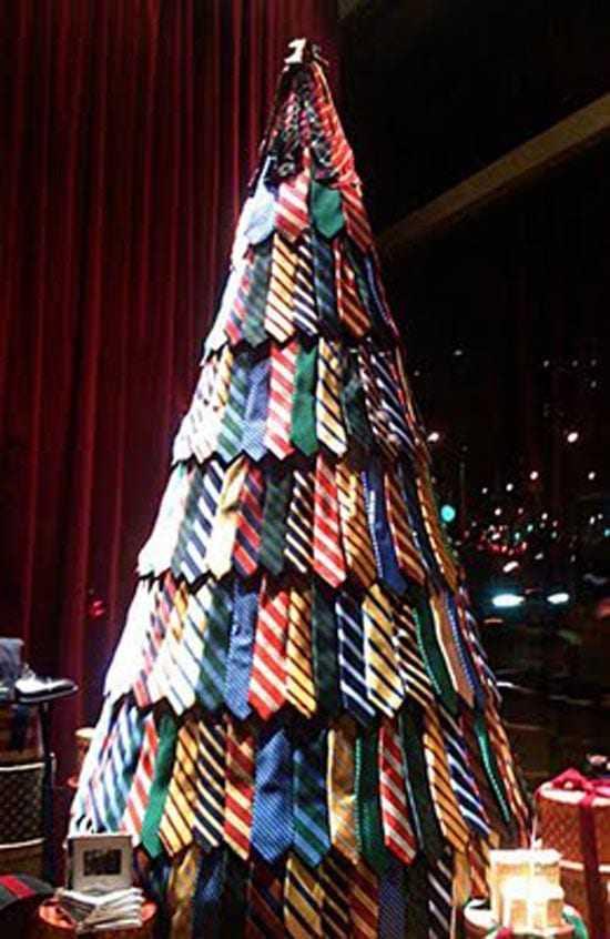 Τα πιο περίεργα Χριστουγεννιάτικα δέντρα
