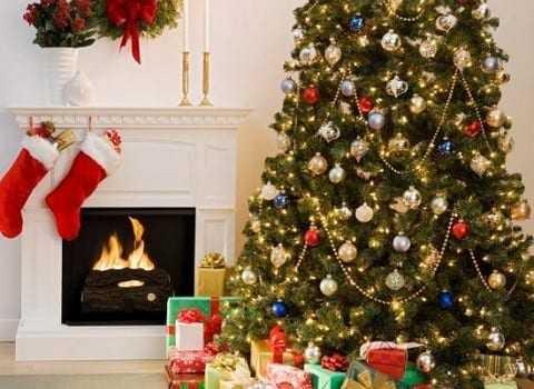 Γιατί στολίζουμε χριστουγεννιάτικο δέντρο