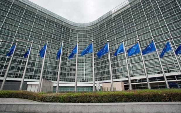 Κομισιόν: Η Ελλάδα «αμέλησε σοβαρά» τις υποχρεώσεις της όσον αφορά τους συνοριακούς ελέγχους