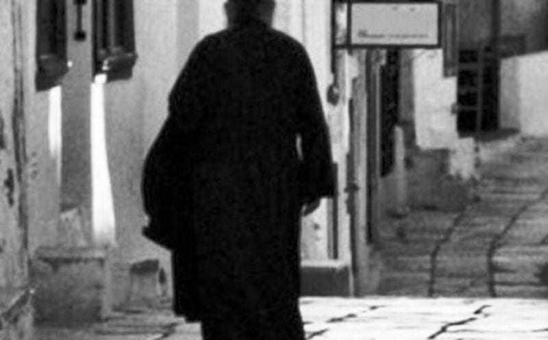 Και οι παπάδες έχουν ψυχή; Σάλος στην Β. Ελλάδα