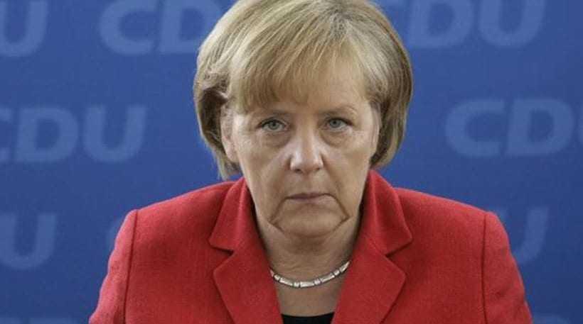 Το 40% των Γερμανών θέλουν την παραίτηση της Μέρκελ εξαιτίας της πολιτικής της στο προσφυγικό