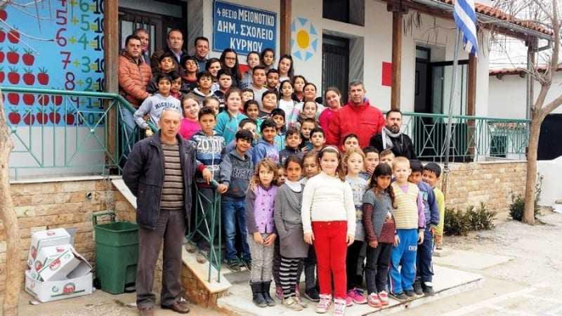 Εθιμοτυπική επίσκεψη του Δημάρχου Τοπείρου στο Μειονοτικό Δημοτικό σχολείο Κύρνου