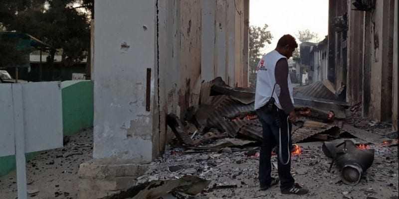 Βομβαρδισμός κατά νοσοκομείου των Γιατρών Χωρίς Σύνορα στη βόρεια Συρία με 9 νεκρούς
