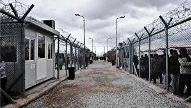 Κέντρο κράτησης λαθρομεταναστών και με την Βούλα