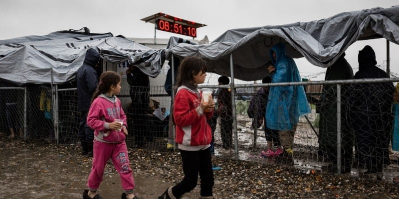 Προσφυγικό: Εκεί που μας χρωστούσαν, μας πήραν και το βόδι!