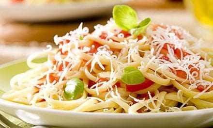 Λιγκουίνι με λαχανικά και τυρί κρέμα