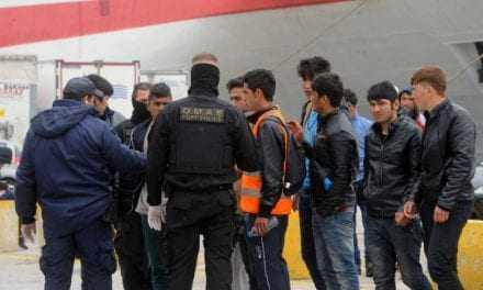 Κοινή Ευρωπαϊκή επιχείρηση επιστροφής παράτυπων μεταναστών στο Πακιστάν.
