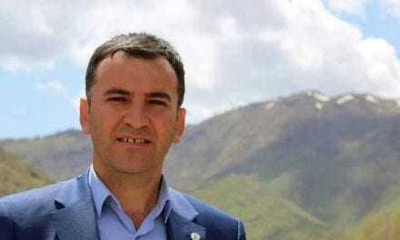 Κούρδος ήρωας λέει αλήθειες μέσα στο Τουρκικό Κοινοβούλιο κάτω από απειλές για την ίδια του την ζωή
