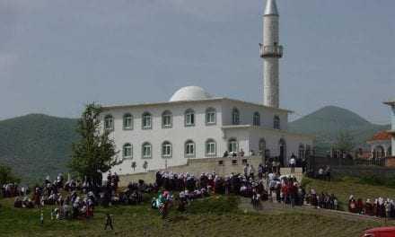 Μαύρα κι αφορολόγητα λεφτά από την Τουρκία σε χοτζάδες και ιμάμηδες της Θράκης – Τι κάνουν οι αρμόδιες αρχές;