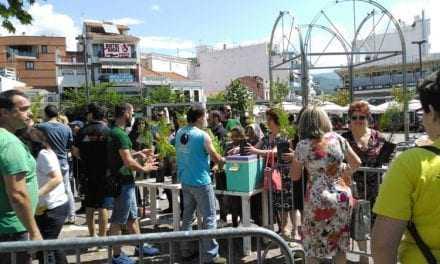 ΒΙΝΤΕΟ: Οι κατασκηνωτές μοιράζουν φυτά στην κεντρική πλατεία της Ξάνθης στα πλαίσια της Παγκόσμιας ημέρας Περιβάλλοντος