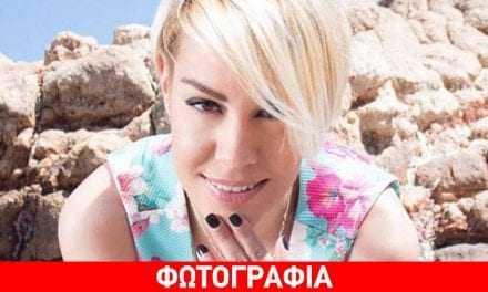 Η Ράνια Κωστάκη «έβαλε φωτιά» στα social media με το πράσινο μαγιό της!