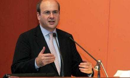 Κ. Χατζηδάκης στο «Πρακτορείο 104,9 FM»: «Μικροκομματική σκοπιμότητα» πίσω από τον νέο εκλογικό νόμο