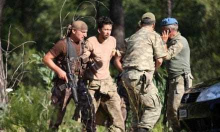 15.000 συλλήψεις στην Τουρκία για την απόπειρα πραξικοπήματος