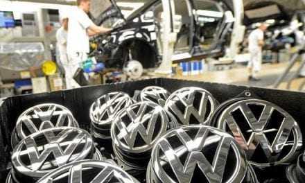 H Volkswagen διακόπτει την παραγωγή του Golf