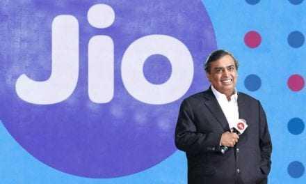 Ινδός «κροίσος» προσφέρει πάμφθηνο ίντερνετ σε εκατομμύρια ανθρώπους