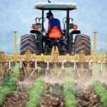 Αύξηση ασφαλιστικών εισφορών στους αγρότες δρομολογεί η κυβέρνηση