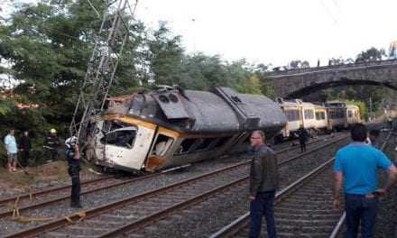 Εκτροχιασμός τρένου στην Ισπανία: Τουλάχιστον 4 νεκροί
