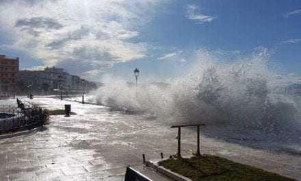 Το Λιμενικό Τμήμα Πόρτο Λάγος προειδοποιεί για θυελλώδεις ανέμους