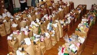 Αλεξανδρούπολη | Διανομή προϊόντων στους δικαιούχους του προγράμματος Επισιτιστικής Βοήθειας