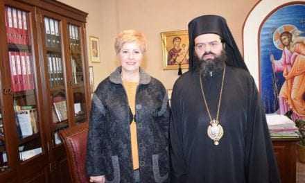 Η υπουργός Μακεδονίας Θράκης στην Κομοτηνή