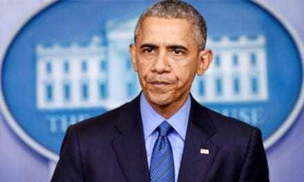 Κάποιοι κρατούν μεγάλο καλάθι από την επίσκεψη Ομπάμα