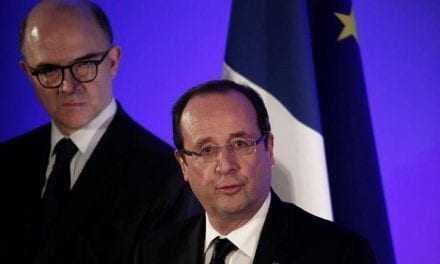 «Επίθεση φιλίας» Γάλλων αξιωματούχων προς την Ελλάδα