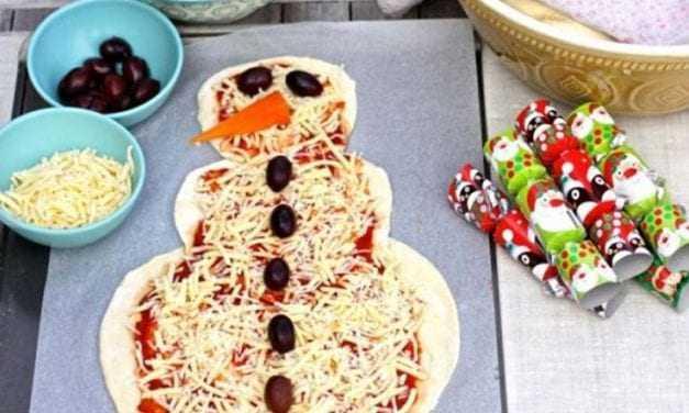 Φτιάξτε χριστουγεννιάτική πίτσα για τους μικρούς μας φίλους!