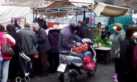 Επικίνδυνο «ντελίβερι» με μοτοποδήλατα στην λαϊκή της Ξάνθης