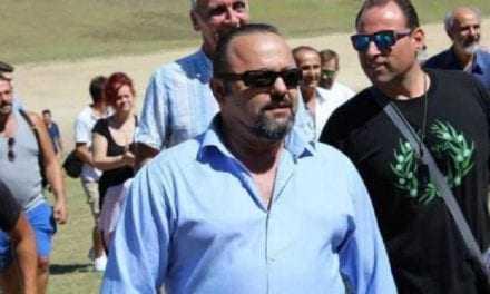 Ασχολούμαστε αναγκαστικά με τον απατεώνα Σώρρα, ενώ η Ελλάδα και η Κύπρος καίγονται