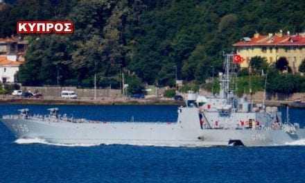 Σοκ στην Κύπρο: Η Τουρκία μετέφερε αποβατικά πλοία στο νησί (φωτό-βίντεο)