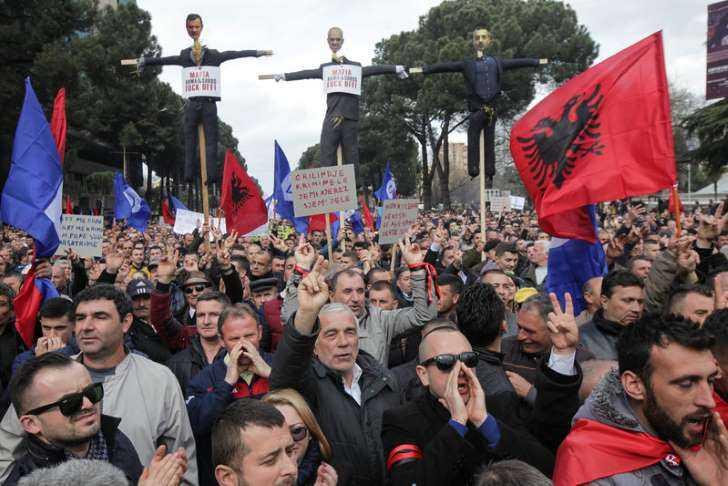Αποτέλεσμα εικόνας για Τα Βαλκάνια φλέγονται