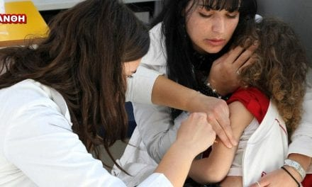 """Εμβολιάστηκαν 25 παιδιά στο Δήμο Ξάνθης. Μπροστάρηδες στον εθελοντισμό οι """"Κατασκηνωτές"""""""