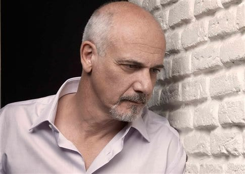 Παραιτήθηκε ο Κιμούλης από πρόεδρος του «Σταύρος Νιάρχος»